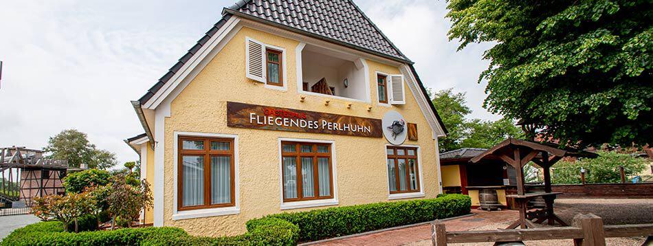 gaestehaus-fliegendes-perlhuhn-front